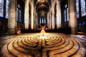 Grace Cathedral Labyrinth. Photo credit: http://www.sfmission.com